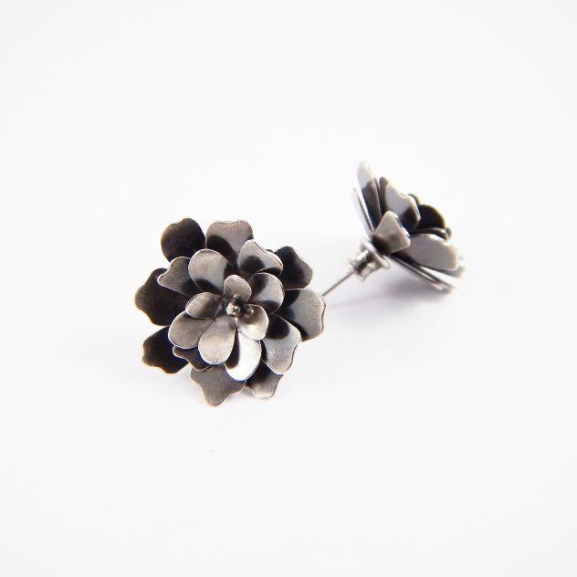 Gardenia - earrings, silver 925. www.kropinska.pl