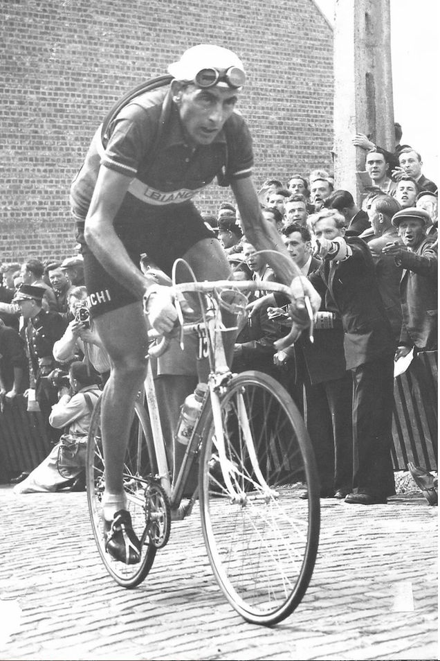 Fausto Coppi Mur de Grammon 1951