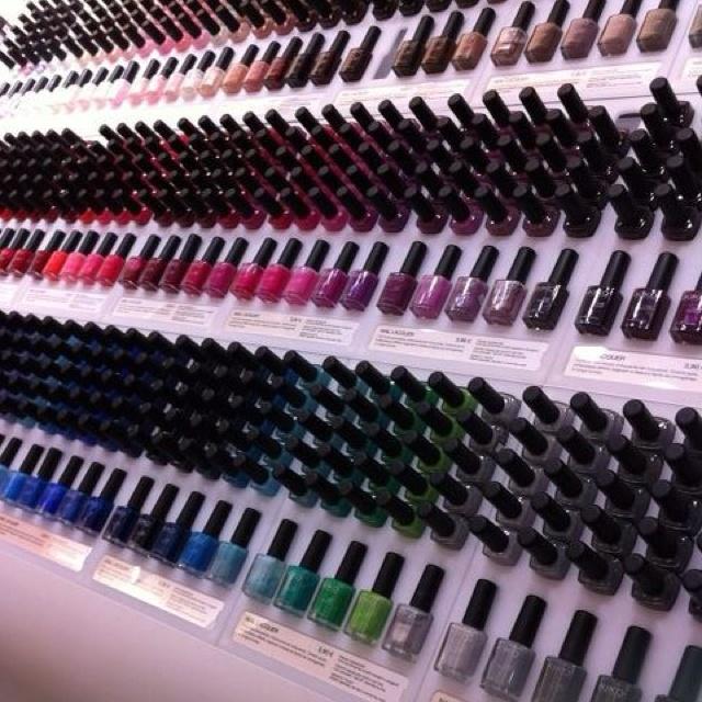 Kiko store, Italy... Sigh..... heavenly