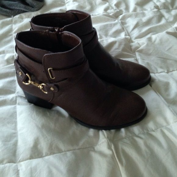 Brown booties Wonderfull brown booties worn once. Great condition I just have wider feet so they weren't that comfy on me . Thanks for looking Shoes Ankle Boots & Booties