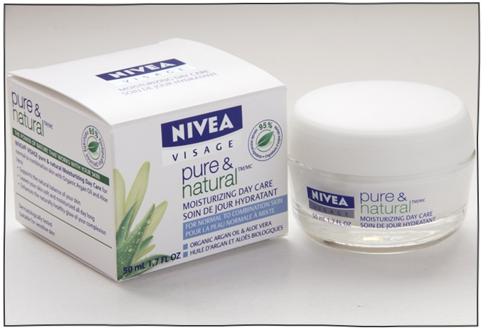Nivea Pure and Natural Moisturising Day Cream