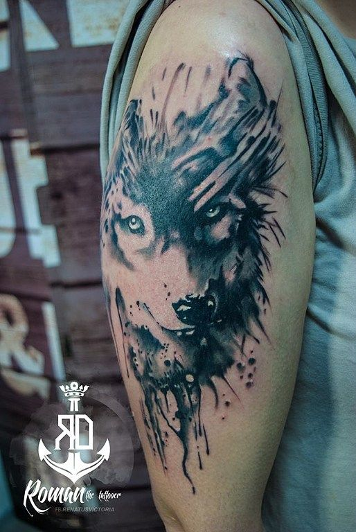 abstract watercolour wolf tattoo