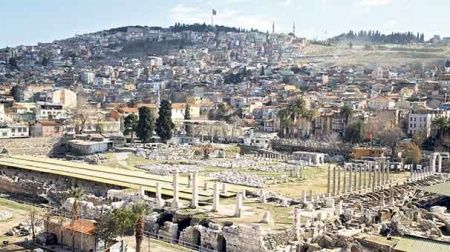 Total Türkiye ile Smyrna tarihi aralanıyor