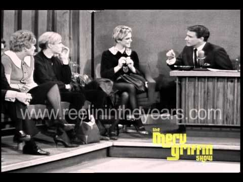 Andy Warhol and Edie Sedgwick, the first couple of Pop Art, make a very rare national television appearance on The Merv Griffin Show in October of 1965. A fascinating look at the quirky duo as they subject themselves to a little mainstream scrutiny with some mixed results. Andy, at first takes a vow of silence but eventually warms up enough to g...
