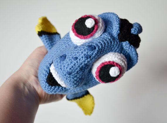Ganchillo patrón patrón de pescado azul por Krawka Dory por Krawka