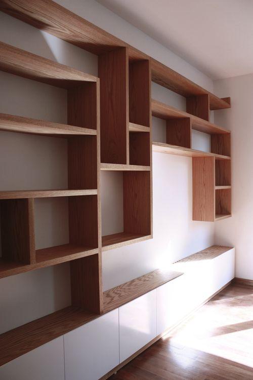 M s de 1000 ideas sobre libreros de madera en pinterest - Revestir pared con madera ...