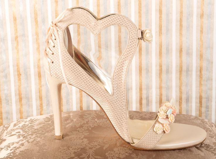 Handmade shoes by Savrani creations. Love cream and roses..2014 www.savranicreations.gr