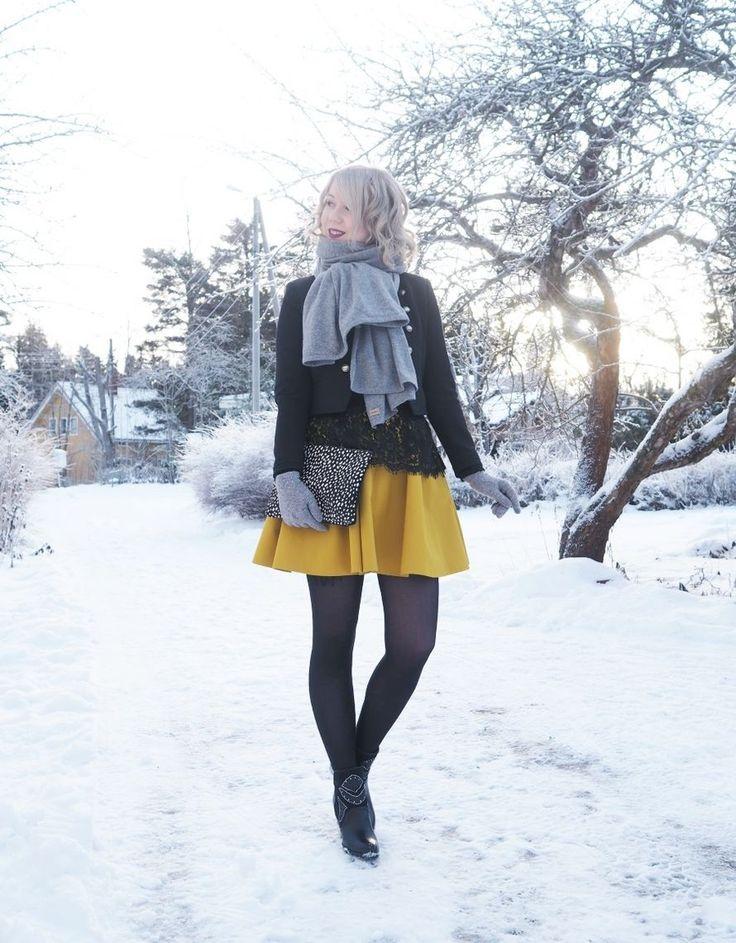Vintage style yellow skirt / winter wardrobe