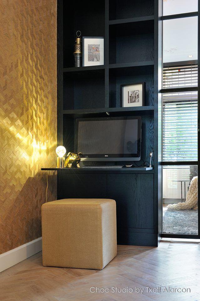 25 beste idee n over donkere slaapkamers op pinterest slaapkamer interieur muurkleuren en - Behang zwart en goud ...