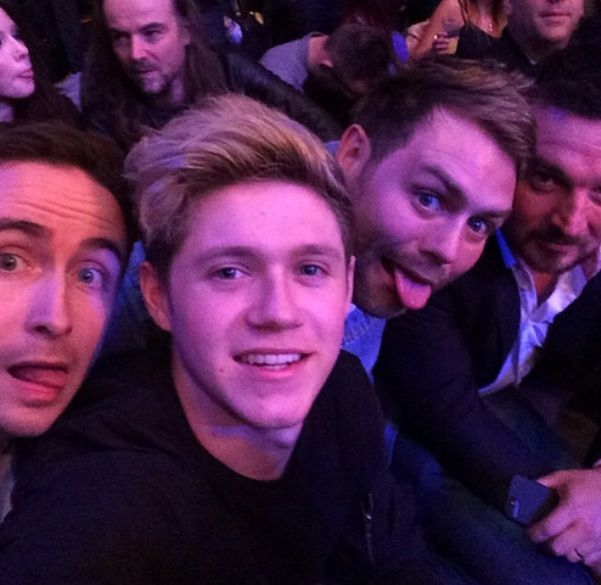 Niall at the UFC fight today---PAUL!!!!!