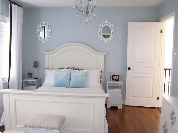 White Bedroom Decor With Blue Color Accent