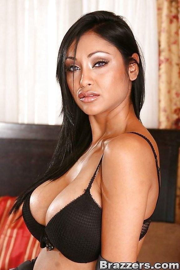 Priya rai bollywood-4372