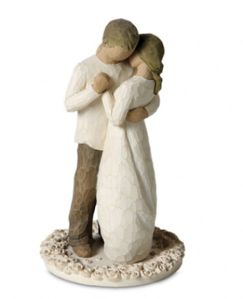 this will be my cake topper. i love willow-tree figurines. so simple. so pretty.