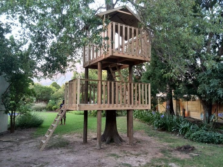 Treehouse Installation Day 5 - Only the finishing touches to do... Slide and climbing wall to go up on Day 6.