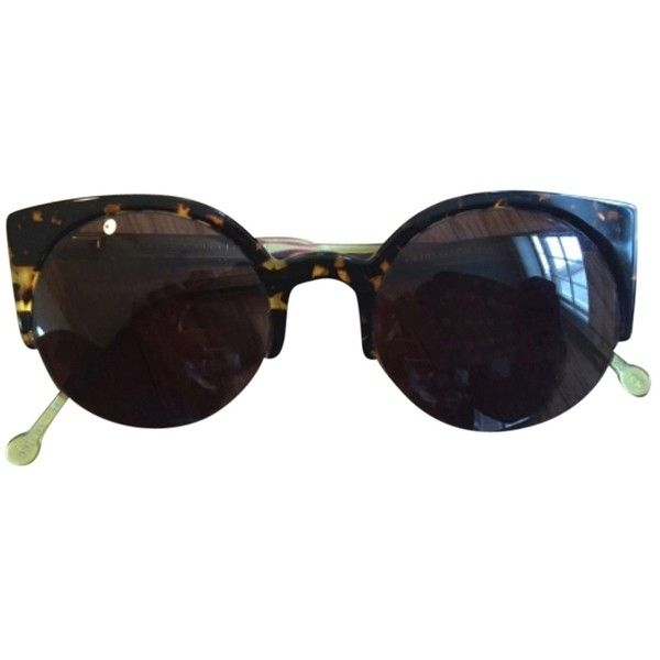 Pre-owned Retrosuperfuture Sunglasses Lucia ($195) ❤ liked on Polyvore featuring accessories, eyewear, sunglasses, tortoiseshell, tortoiseshell sunglasses, retrosuperfuture glasses, tortoise shell sunglasses, tortoise sunglasses and retrosuperfuture sunglasses