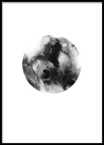 En poster med mörkt grafiskt mönster. Grafisk poster med en cirkel och grått mönster. I kategorin grafiskt hittar du fler posters med liknande grafiska motiv, väldigt snyggt att blanda flera i ett kollage.