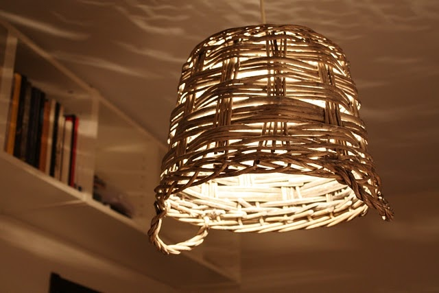 DIY Basket lamp. It gives a nice effect on the wall. #lamp #lampshade #bulb
