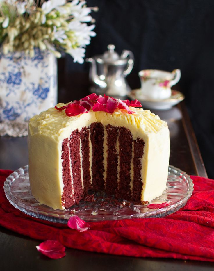 The Kiwi Cook   Vertical Layer Red Velvet Cake with Cream Cheese Icing…