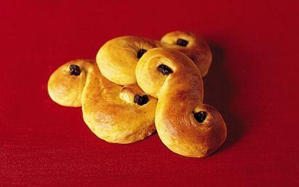 Lussebullar - favoritreceptet med kesella. Lägg till 0.5 dl per sats.