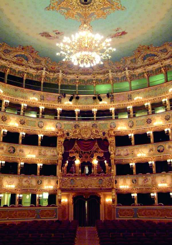 the Teatro la Fenice opera house in Venice. Exactly how I remember it, with my brother and Eduardo. Amazing.