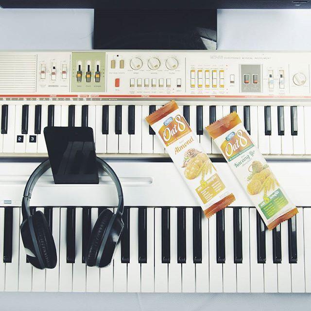 Sebagai Sound Engineer, yang harus diperhatikan adalah bagaimana menggabungkan kreatifitas dan aspek praktis suara termasuk musik dan ucapan. dan oat8 seperti telah menjadi semacam trigger untuk meningkatkan kreatifitas dalam membuat musik. #EverydayIsHealthy #Oat8People @everydayishealthy