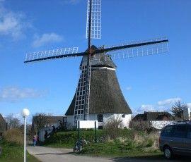 Windmühle auf der Nordsee-Insel-Föhr in Wrixum