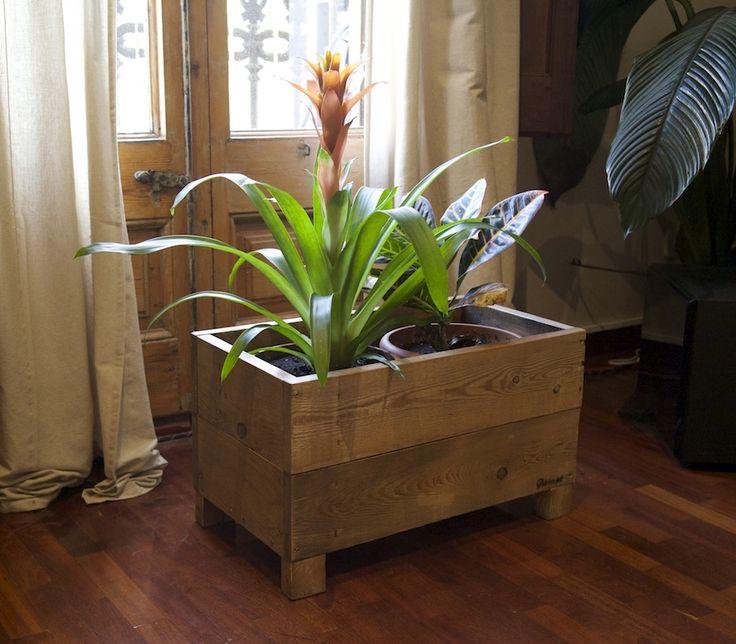 73 best muebles hechos con palets images - Maceteros con palets ...