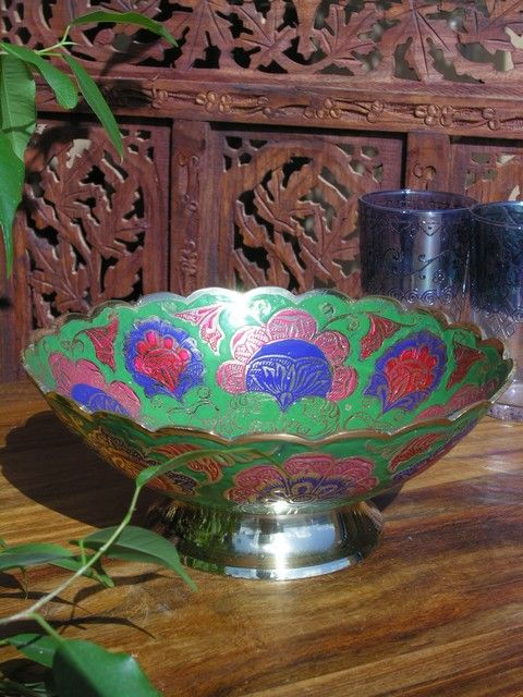 Brass enamelled bowl in green. http://www.maroque.co.uk/showitem.aspx?id=ENT04944&p=06506&n=all
