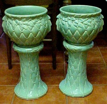 """""""McCoy Pottery. A wonderful matched pair of marked McCoy Jardiničres & stands ...""""  geocities.ws"""