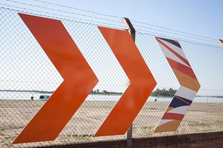 Foi projetada pelo escritório Sceno Environmental Graphic Design, em conjunto com oEstúdio Bergamota, a sinalização do terminal hidroviário de passageiros da travessia Porto Alegre – Guaíba …