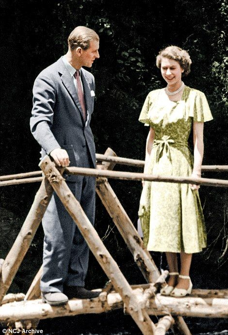 dailymail: Princess Elizabeth with the Duke of Edinburgh at Treetops, Kenya February 1952, shortly before the death of King George VI