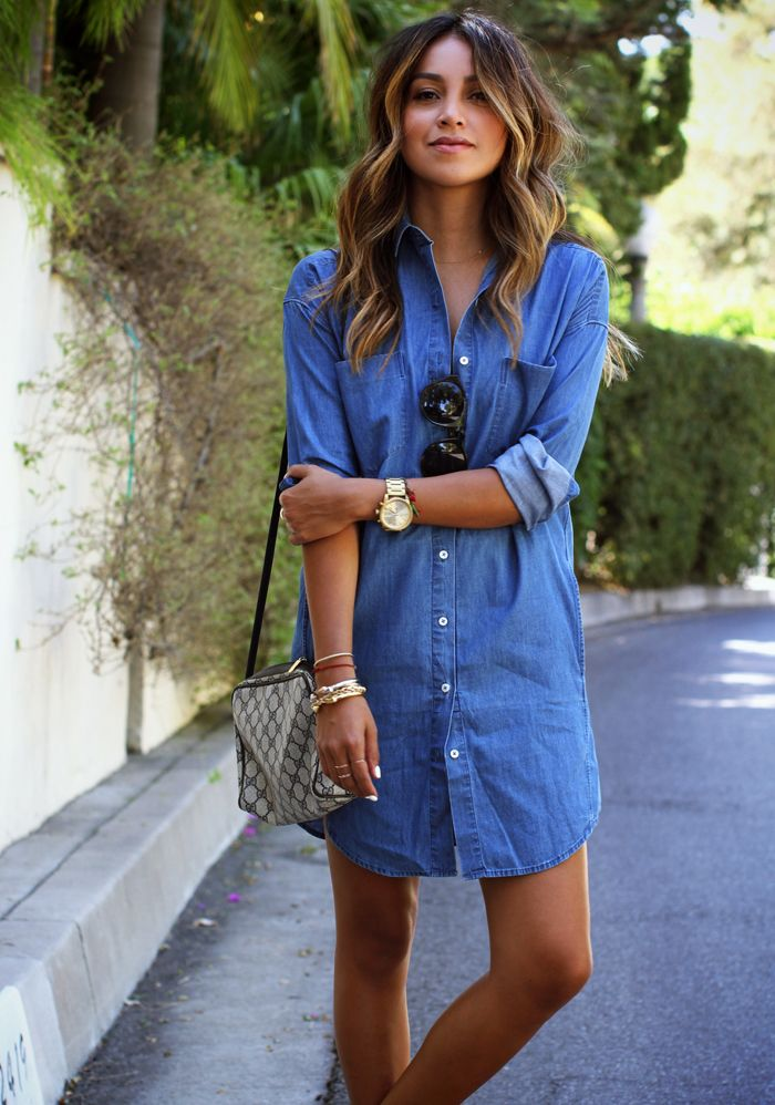 Julie Sarinana Is Wearing A Denim Shirt Dress And Sandals From Everlane And A Vintage Bag From Gucci