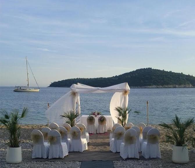 Ślub w Chorwacji? Tak! Razem z I Do In Du ! Więcej na stronie http://www.IDoInDu.com :) || #Chorwacja #Czarnogóra #Ślub #Wedding