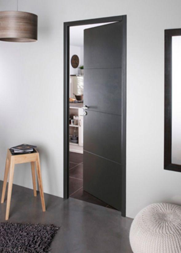couleur porte interieure avec mur blanc. Black Bedroom Furniture Sets. Home Design Ideas