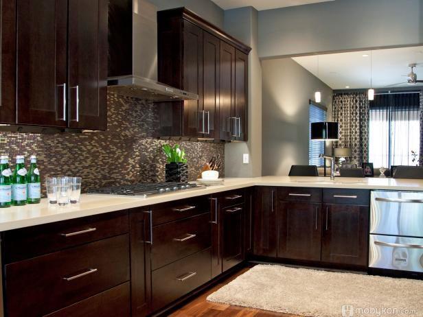 صور مطابخ حديثه و اشكال مطابخ مودرن و مميزه من موبيكان Espresso Kitchen Cabinets Contemporary Kitchen Easy Kitchen Updates