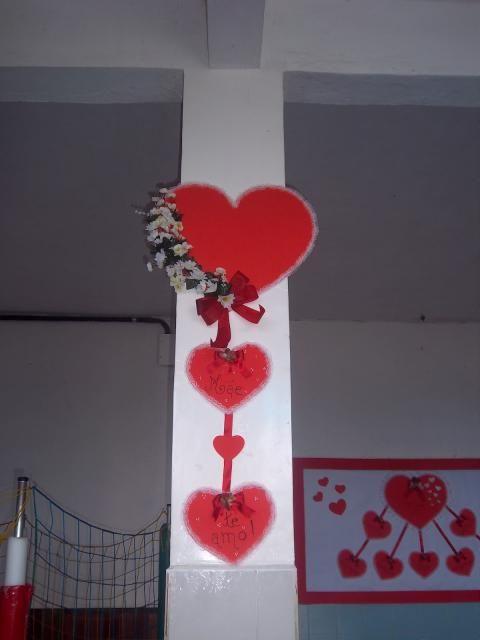 Decoração Dia Das Mães Com Enfeite De Parede No Formato De Coração