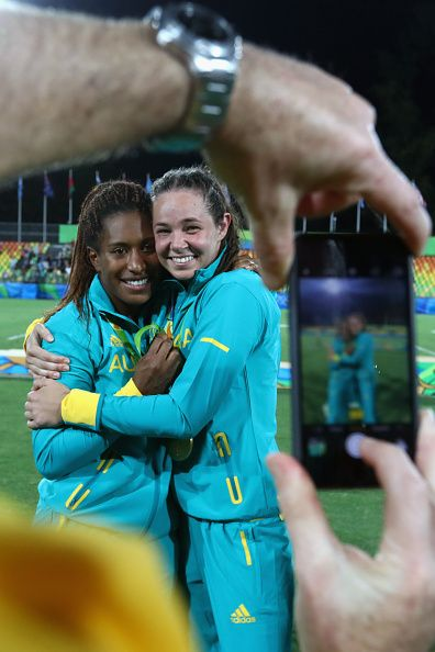 #RIO2016 Gold medalist Ellia Green of Australia and her team mate Chloe Dalton pose with her Gold medal after the medal ceremony for the Women's Rugby Sevens...