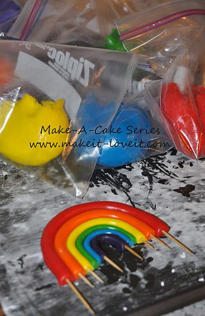DIY how to make a frosting rainbow - for Rainbow Dash My Little Pony Birthday cake.