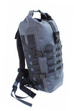 M.O.L.L.E waterproof backpack Molledry 40 Dimensions : 30x20x60 cm Volume max : 40 litres Poids : 1100 gr