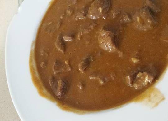 Todos los detalles, paso a paso, para la elaboración de esta receta con los robots de cocina Mycook. Ingredientes: Riñones al jerez Agua, Riñones, Aceite, Ajo, Pimentón dulce, Harina, Sal, Vino de Jerez