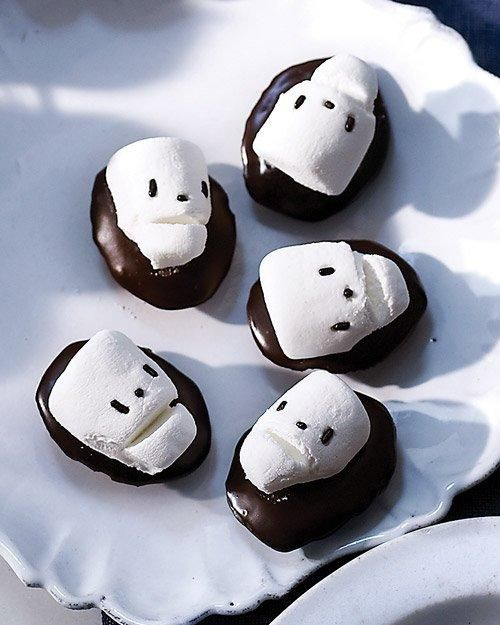 Skull Madeleines Recipe: Halloween Parties, Marshmallows Skull, Bittersweet Chocolates, Halloween Skeletons, Skull Madeleine, Martha Stewart, Halloween Treats, Halloween Recipes, Halloween Food