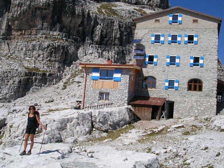 REGOLAMENTO GENERALE DEI RIFUGI DEL C.A.I. | Accademia della Montagna del Trentino