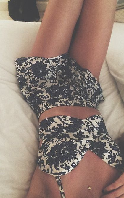 #summer #fashion / boho print crop top