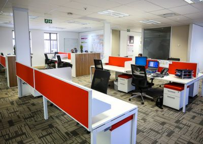 Neutral Open Plan with Red Screens