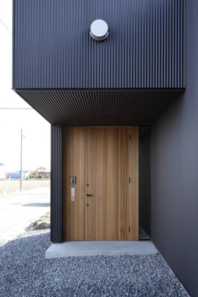 玄関 (から 道家洋建築設計事務所)