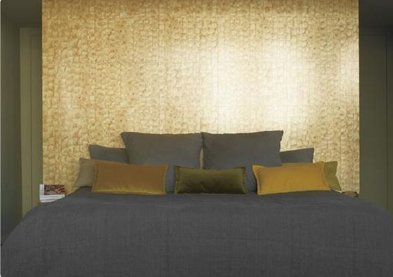 Shells | Elitis. Check it on Architonic  Palette couleur toilettes : mur du fond doré puis murs cotés bronze sol gris