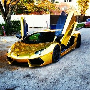 #Lamborghini #Aventador #lp700 #MiamiExoticCarRental #ExoticCars #MiamiBeach #Miami #LuxuryVacay #Gold #LivOnSunday #CarPorn #CarCrazy #Lambo #EliteLifestyles #SouthBeachExoticRentals