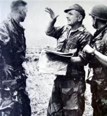 Major Bigeard's (centre) 6 BPC (Colonial Parachute Battalion) were sent Dien Bien Phu as much needed reinforcements. He quickly became Lt.Col Langlais' right-hand man.