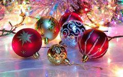 обои New year, шары, блеск, игрушки, новый год, мишура, праздник