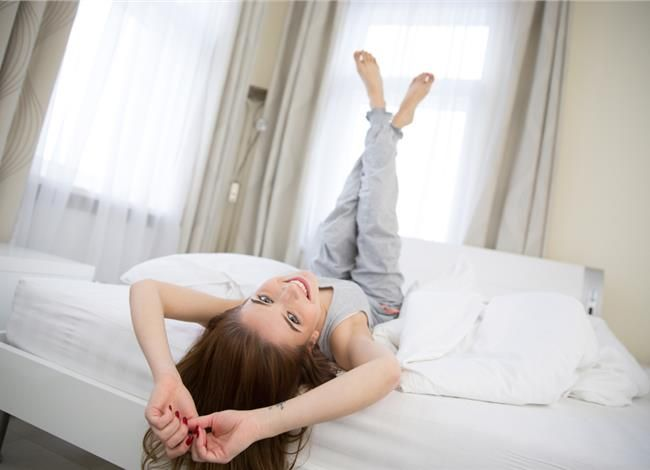 ΓΥΜΝΑΣΤΙΚΗ ΣΤΟ ΣΠΙΤΙ: Με τις πιτζάμες και δωρεάν. Συμφέρει!